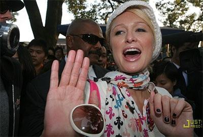 """Paris Hilton """"đại náo"""" Thượng Hải - 1"""
