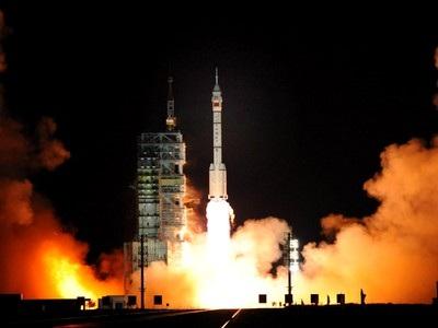 Trung Quốc sẽ phóng Thần Châu 8 và Thần Châu 9 năm 2011 - 1