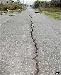 Động đất mạnh 7.1 độ ritcher tấn công Nhật Bản - 2