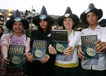 Chùm ảnh chứng nghiện Harry Potter bùng phát toàn cầu - 13