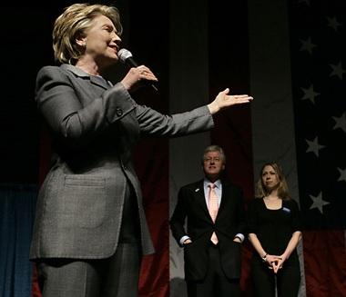Bà Hillary Clinton khen chồng lãng mạn - 1