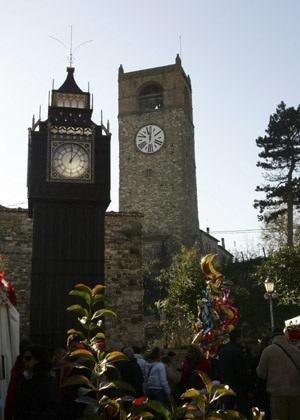 Chùm ảnh: Tháp đồng hồ Big Ben giữa lòng nước Ý - 3