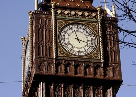 Chùm ảnh: Tháp đồng hồ Big Ben giữa lòng nước Ý - 2