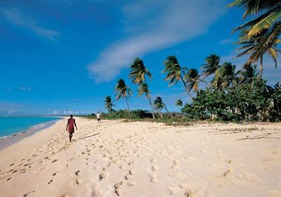 10 bãi biển quyến rũ nhất thế giới - 6