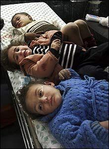 Chùm ảnh: Xác chết ngổn ngang tại dải Gaza - 10