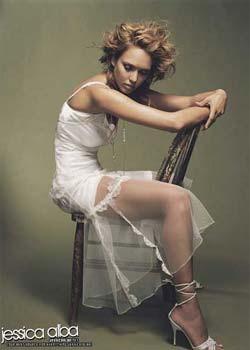 """Jessica Alba """"hâm nóng"""" Vanity Fair bằng hình ảnh gợi cảm - 5"""