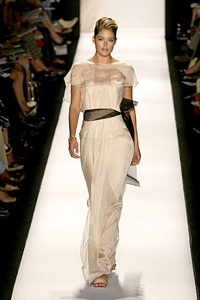 Phong cách thanh lịch của Carolina Herrera - 11