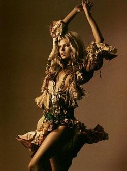 """Kate Moss - """"chân dài"""" có sức hút đầy ma lực - 11"""