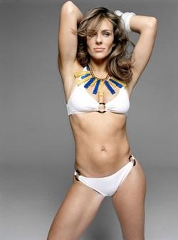 Bikini gợi cảm của Elizabeth - 3