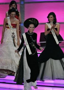 Hình ảnh Mai Phương Thuý trong đêm chung kết Miss World  - 4