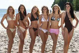 Người đẹp vui đùa trên bãi biển của Miss World - 5