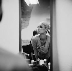 """Paris Hilton: Tôi là người """"đầu rỗng"""" - 3"""