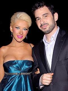 Christina Aguilera chia sẻ hạnh phúc với người hâm mộ - 1