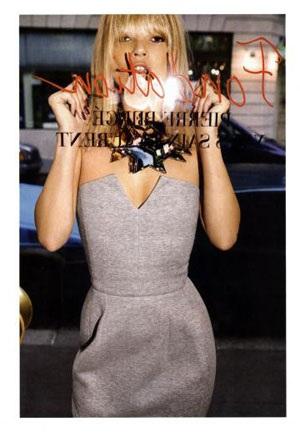 """Kate Moss vẫn xứng danh """"nữ hoàng quảng cáo"""" - 17"""