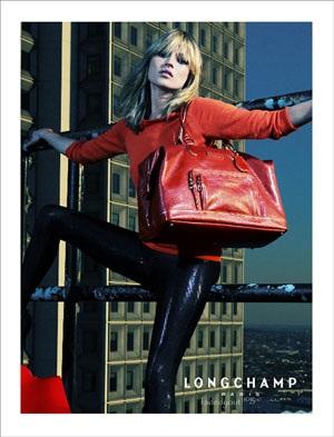 """Kate Moss vẫn xứng danh """"nữ hoàng quảng cáo"""" - 2"""