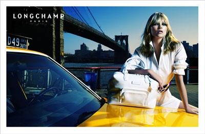 """Kate Moss vẫn xứng danh """"nữ hoàng quảng cáo"""" - 4"""
