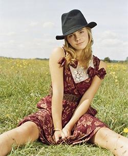 Emma Watson: Nữ diễn viên xuất sắc nhất năm 2007 - 4