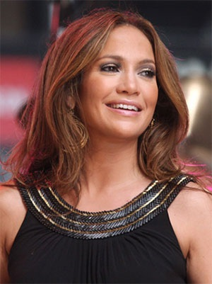 "Em bé trong bụng J.Lo ""có vấn đề"" - 1"