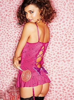 """Các """"thiên thần"""" của Victoria's Secret chào đón Giáng sinh - 11"""
