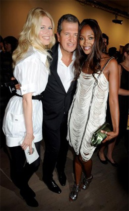 Cuộc hội ngộ giữa Naomi Campbell và Claudia Schiffer  - 2