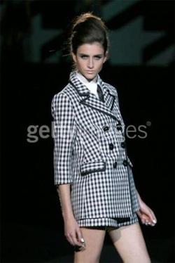 Gwen Stefani ra mắt BST thời trang Xuân/Hè 2008 - 13