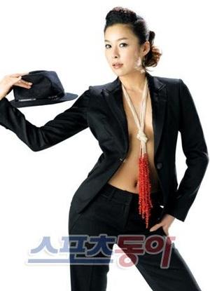 Hyun Young gợi cảm tham vọng chinh phục khán giả Nhật - 3