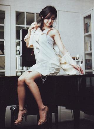 Ba bộ ảnh tuyệt đẹp của kiều nữ Kim Tae Hee - 11