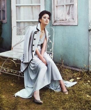 Ba bộ ảnh tuyệt đẹp của kiều nữ Kim Tae Hee - 15