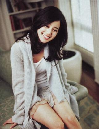 Ba bộ ảnh tuyệt đẹp của kiều nữ Kim Tae Hee - 8