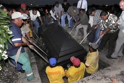 Người đàn ông nửa tấn Mexico qua đời - 6