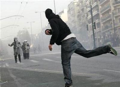 Chùm ảnh: Bạo động tiếp tục lan rộng ở Hy Lạp - 6