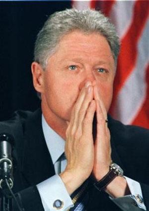 Nhìn lại vụ bê bối tình ái Lewinsky của Tổng thống Clinton (1) - 7