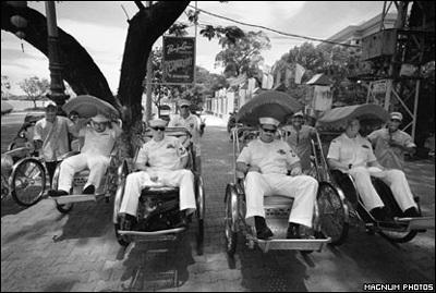 Phóng viên ảnh về chiến tranh Việt Nam: Cuộc đời qua lăng kính - 13