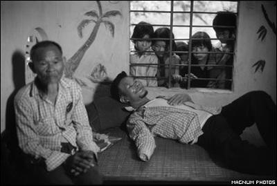 Phóng viên ảnh về chiến tranh Việt Nam: Cuộc đời qua lăng kính - 15