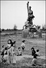 Phóng viên ảnh về chiến tranh Việt Nam: Cuộc đời qua lăng kính - 16