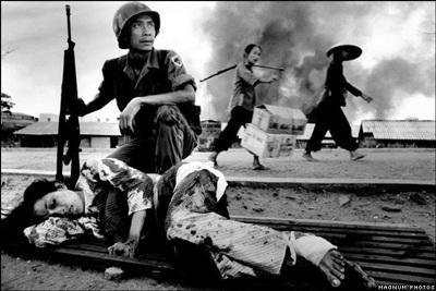 Phóng viên ảnh về chiến tranh Việt Nam: Cuộc đời qua lăng kính - 4