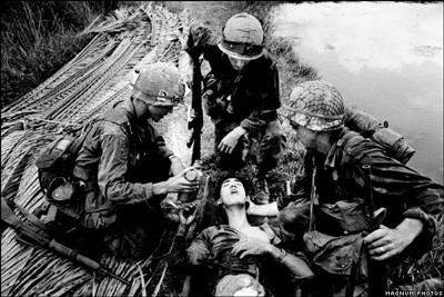 Phóng viên ảnh về chiến tranh Việt Nam: Cuộc đời qua lăng kính - 6