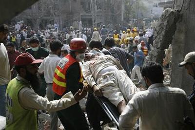 Pakistan: ít nhất 20 người thiệt mạng trong hai vụ nổ liên tiếp - 11