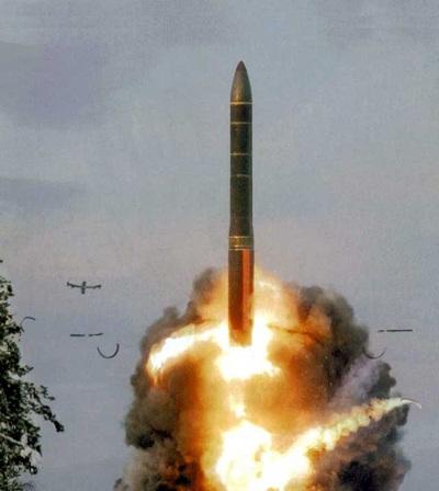 """Những """"ông trùm"""" trong kho vũ khí hạt nhân chiến lược của Nga (1) - 4"""