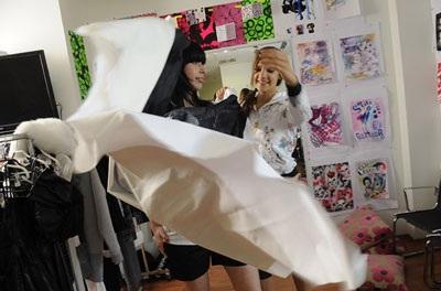 16 tuổi đã trở thành nhà thiết kế thời trang nổi tiếng toàn cầu - 3
