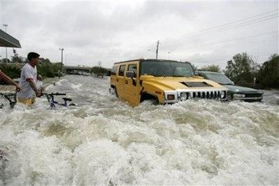 Bão Ike gây thiệt hại khủng khiếp ở Texas, Mỹ - 5