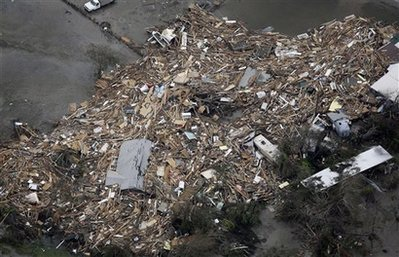Bão Ike gây thiệt hại khủng khiếp ở Texas, Mỹ - 9