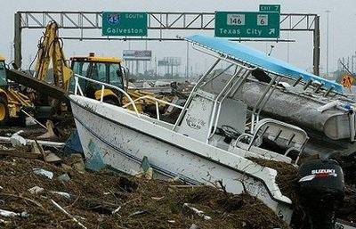 Bão Ike gây thiệt hại khủng khiếp ở Texas, Mỹ - 10