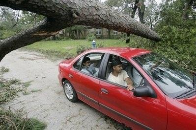 Bão Ike gây thiệt hại khủng khiếp ở Texas, Mỹ - 13