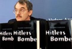 """Bí mật bom nguyên tử """"rởm"""" của Hitler - 1"""