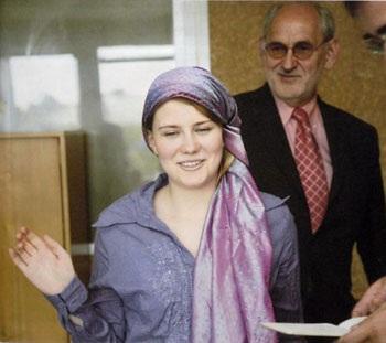 Natascha Kampusch sau 8 năm bị bắt cóc - 4