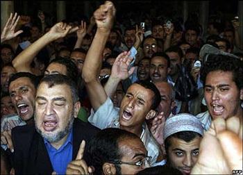 Chùm ảnh: Giáo hoàng trước làn sóng nổi giận của người Hồi giáo - 7