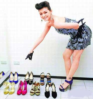 Từ Hy Viên sở hữu… 400 đôi giày - 1