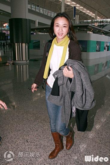 Thang Duy rạng rỡ khi đặt chân tới Hồng Kông - 4