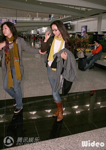 Thang Duy rạng rỡ khi đặt chân tới Hồng Kông - 2